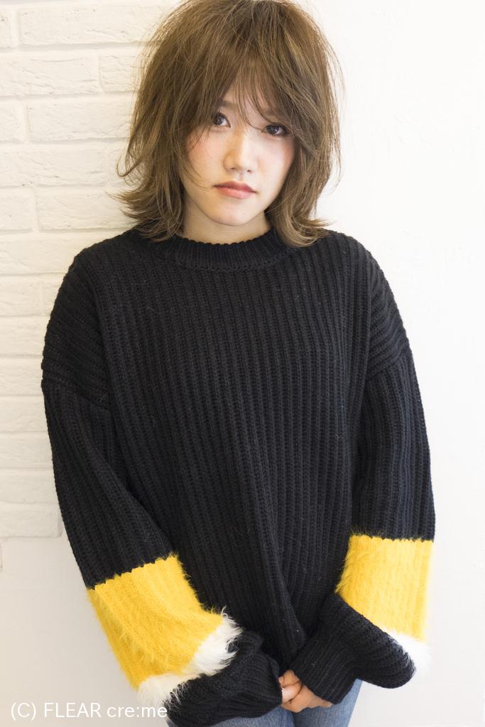 ☆ひし形シルエットの外ハネミディアム+フォギーグレージュ☆
