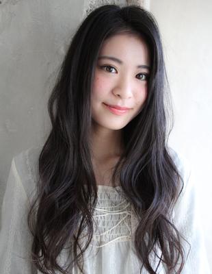 黒髪で大人可愛いかきあげスタイル(TK−78)