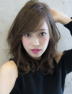 小顔カット!流し前髪のひし形ミディ(se225)