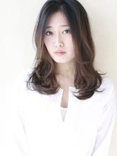 【y−147】輪郭カバーで小顔効果 簡単スタイリングのゆるミックスパーマ