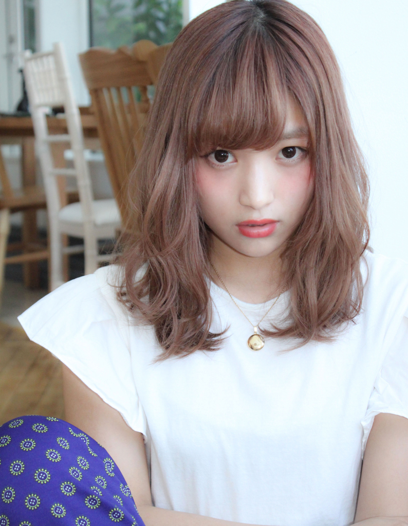 【Violet】ミルクティーピンクベージュとゆるふわ抜け感スタイル