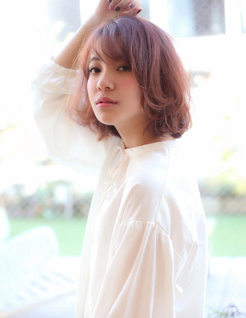 【Violet】ピンクアッシュグレージュ外ハネミディ