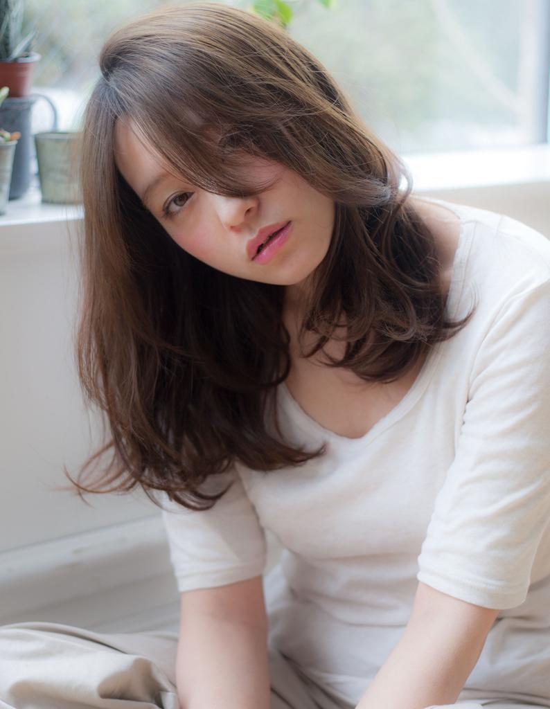 【Violet】シースルーうざバング